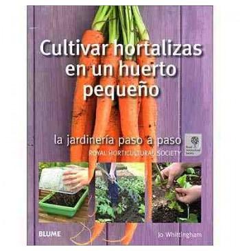 Cultivar hortalizas en un huerto pequeño